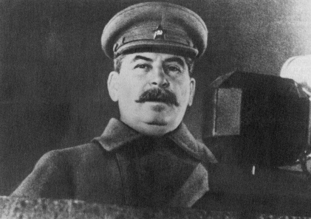 http://www.handmade-russia.com/published/publicdata/RUSSIA977DB/attachments/SC/images/Stalin.jpg
